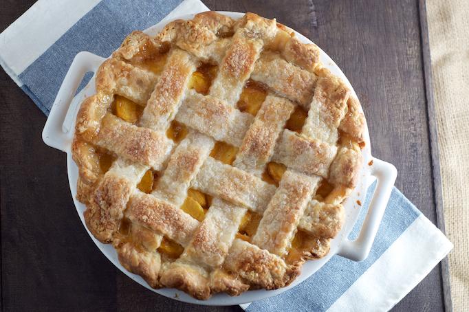 Classic Peach Pie