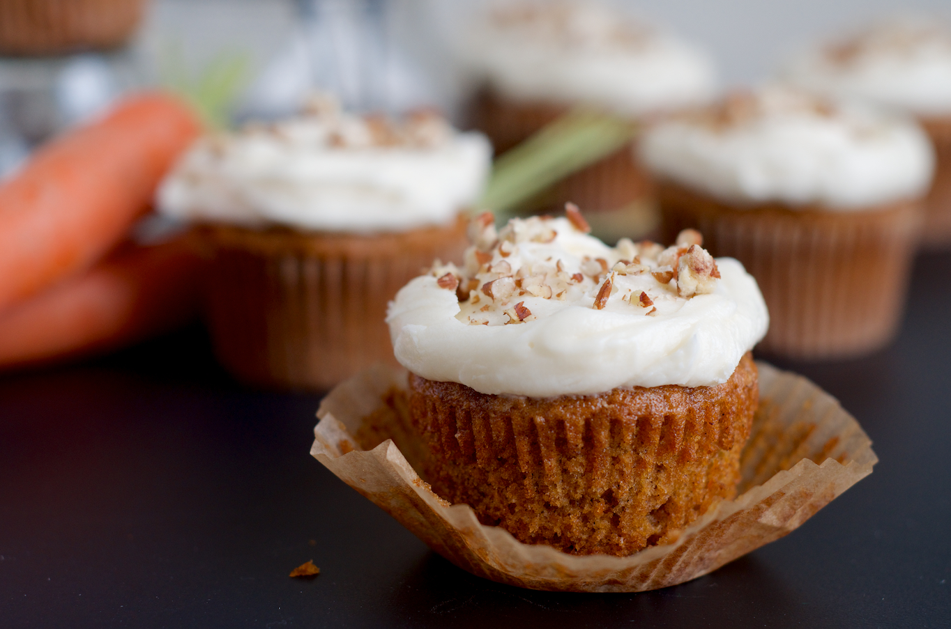Carrot Cake Cupcakes with Cream Cheese Frosting | Heather homemade